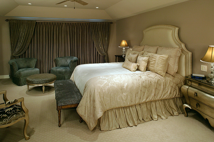 Dress your bed designer views for King shams on queen bed